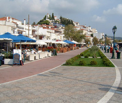 /media/9097098/skiathos_town_imaged.jpg