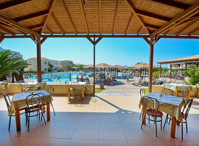 Akti Beach Club, Outdoor area, 25220