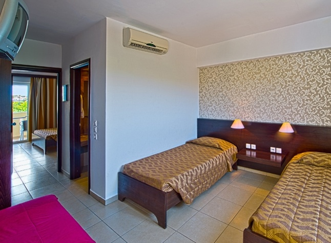 Akti Beach Club, Twin room,25220