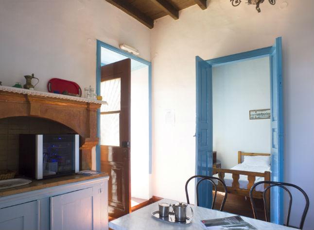Dorothea Studios, Room,14611