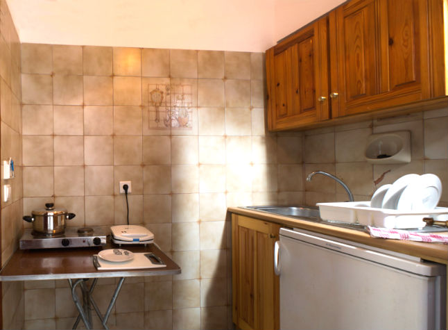 Kostas Studios, Kitchen Area, 14414