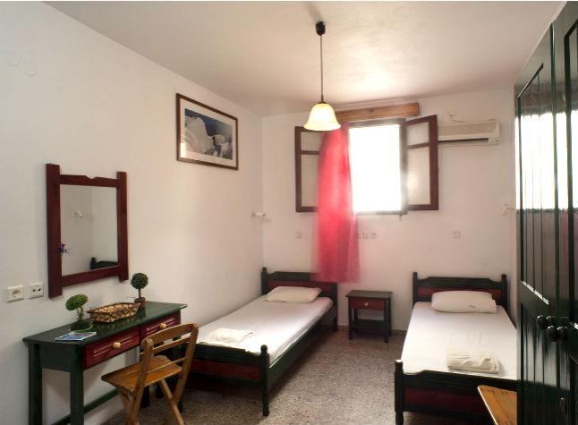 Kostas Studios, Room,14414