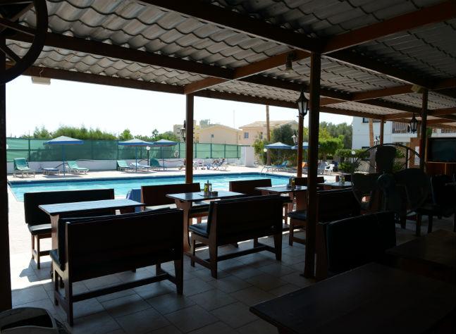 Carina Apartments, Pool,11332