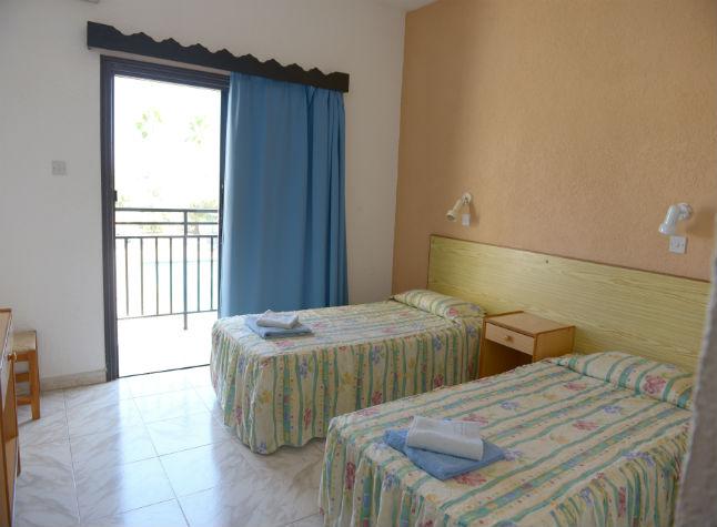 Carina Apartments, Room,11332