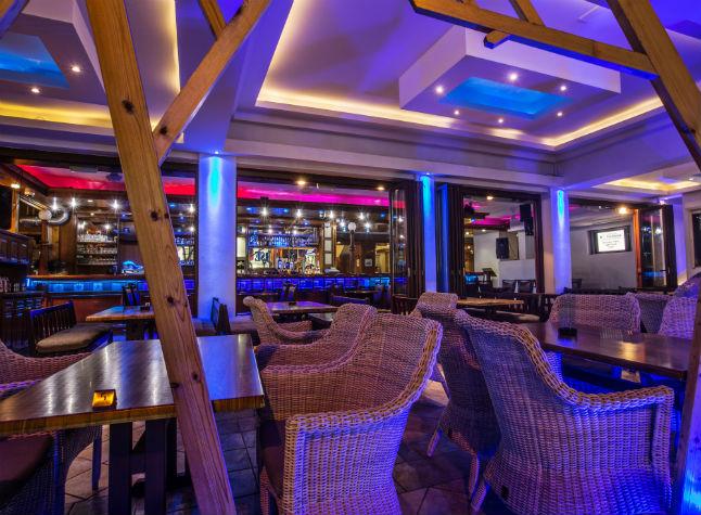 Anthea Hotel, Bar, 11331