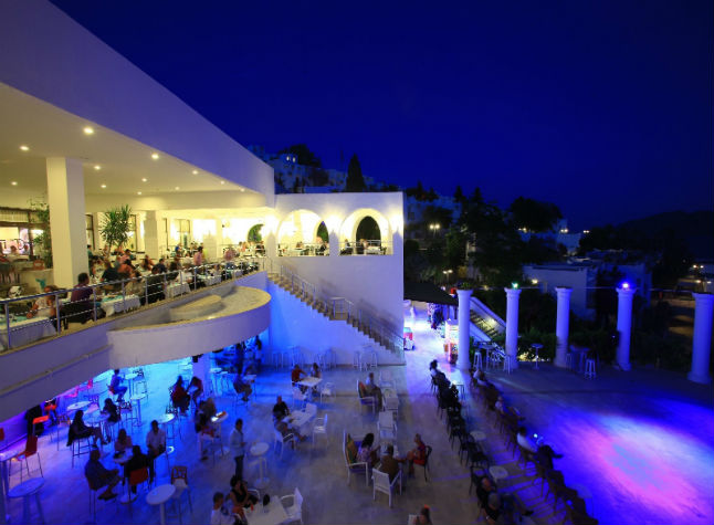 Bodrum Bay, Outdoor seating,538