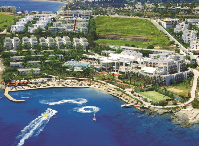 Isis Club and Club Deluxe, Aerial view,3000