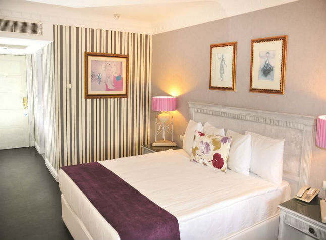 Isis Club and Club Deluxe, Double room,3000
