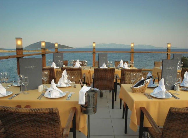Isis Club and Club Deluxe, Terrace restaurant,3000