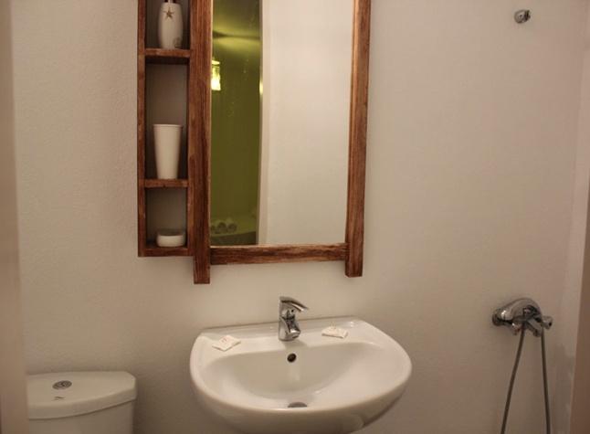 White House, Bathroom,14625