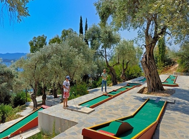 Leda Pelion Hotel, Mini golf,372