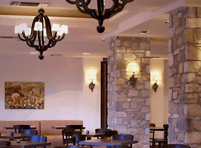 San Stefano Hotel, Restaurant,373