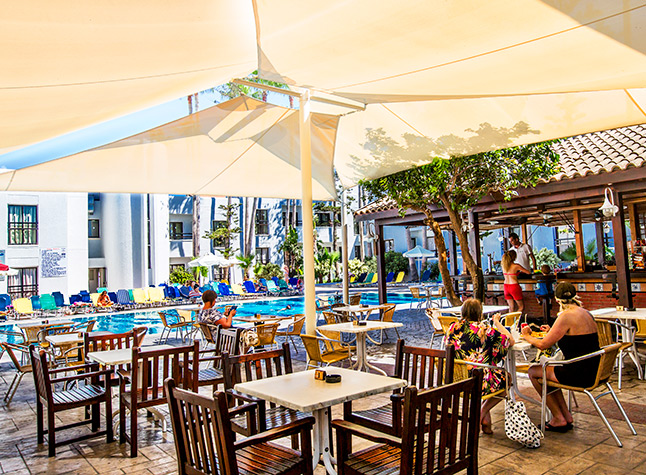 Anthea Hotel Apartments, Poolside bar restaurant,11331