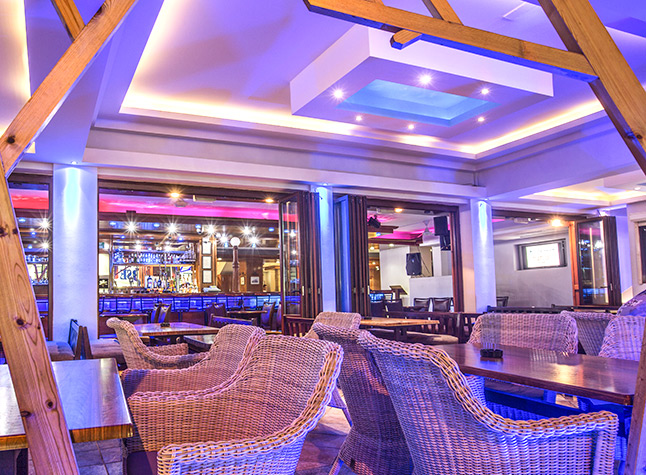 Anthea Hotel Apartments, Bar,11331