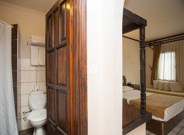 Club Hotel Flora, Standard Room with Bathroom,3028