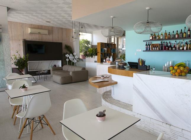 Costantiana Beach Hotel Apartments Bar Area,31806