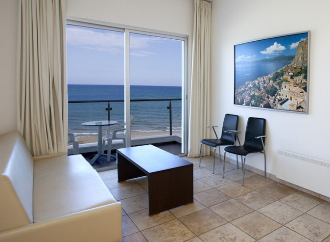 Costantiana Beach Hotel Apartments Sitting Area,31806