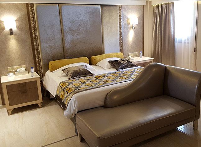 Adams Beach Hotel Queen Suite Room,21305