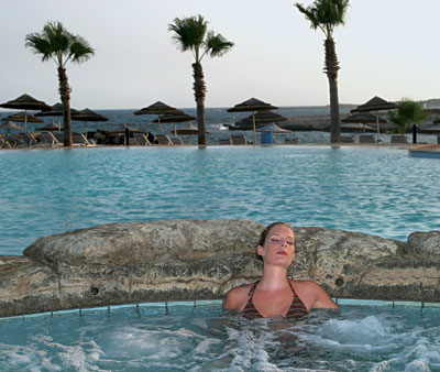 Adams Beach Hotel,  Jacuzzi, 21305