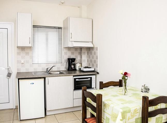 Manis Rose Apartments, Kitchenette,29507